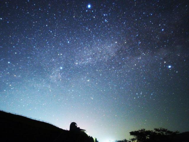 プラネタリウムのような星空を見られるかも!鬼岳天文台で夜も絶景を堪能 コンテンツ9画像
