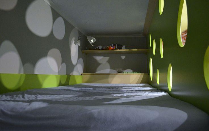Meble na wymiar Katowice / Mysłowice  łóżko , pokoj dzieciecy , pokoj dziecka , sypialnia , kryjówka , inspiracja , ażurowy panel , bed , bedroom , sleeping , inspiration , childroom , baby room , hideout , cache , openwork panel