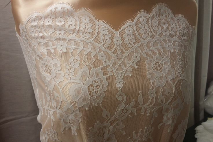 Ivory lace fabric Chantilly Lace, French Lace Bridal lace Wedding Lace White Lace Veil lace Scalloped Eyelash lace Lingerie Lace by the yard by LaceToLove on Etsy https://www.etsy.com/nz/listing/213348006/ivory-lace-fabric-chantilly-lace-french