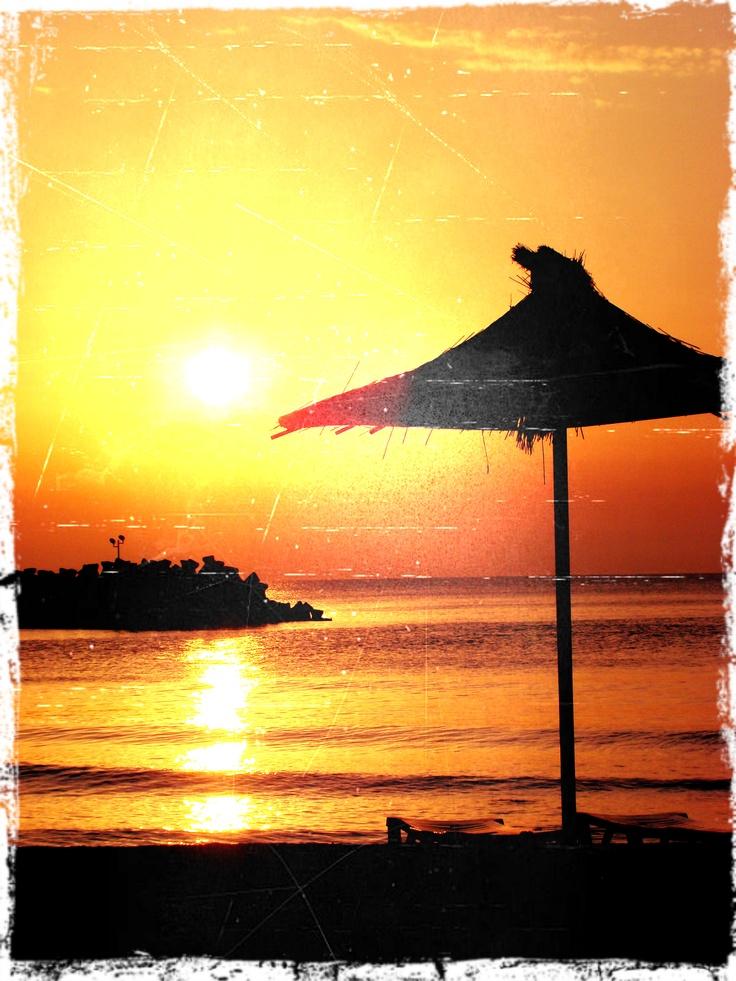 Olimp - umbrela [ Black Sea sunrise]