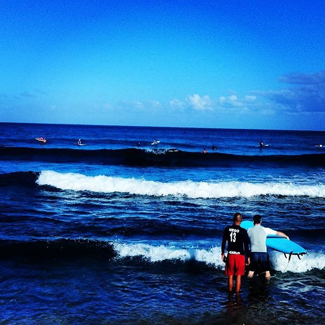 Nego getting the lessons out in the water today!!! #puertorico #Rinconsurfschool #Rincon  #surfing #surfpr #westside #lovewhatwedo