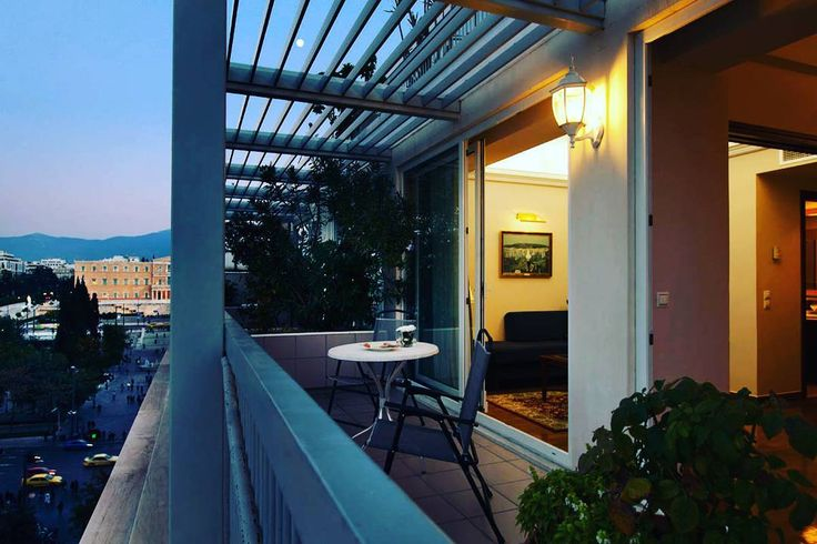 Subtle and elegant and just off Syntagma square #ElectraHotel is ideally located to host your city break #ermou #syntagma #cityhotel #Citylife #downtownAthens
