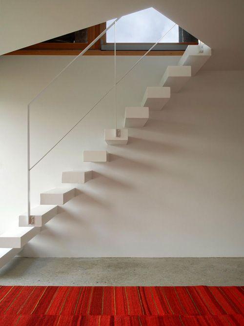 Las 25 mejores ideas sobre escaleras flotantes en - Escaleras blancas ...
