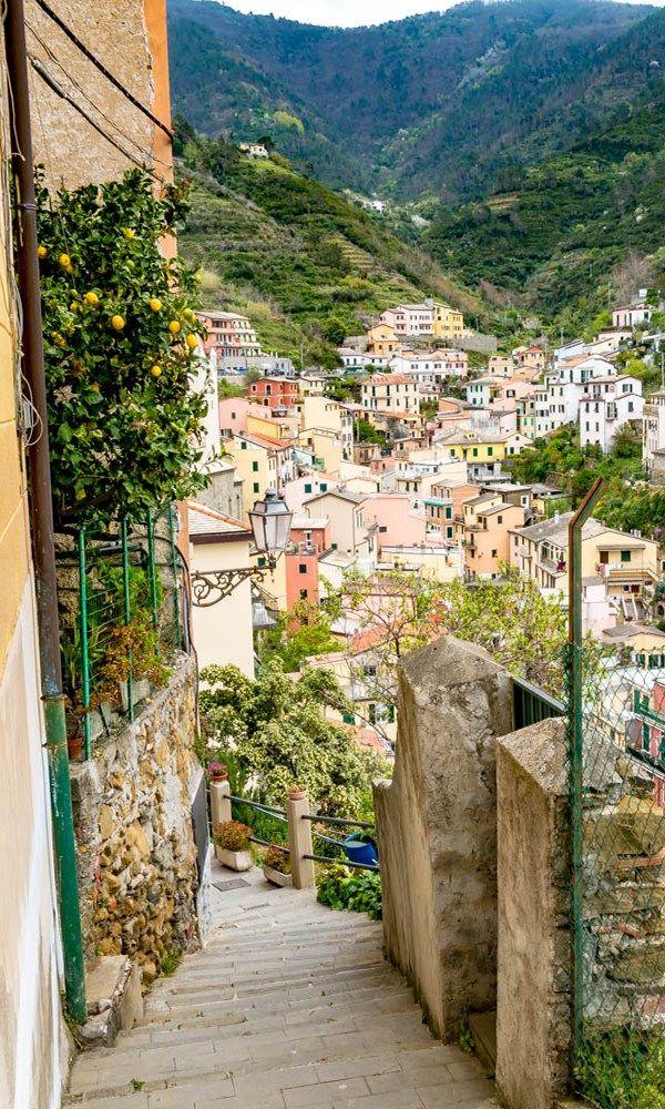 Practical photo guide: Cinque Terre, Italy