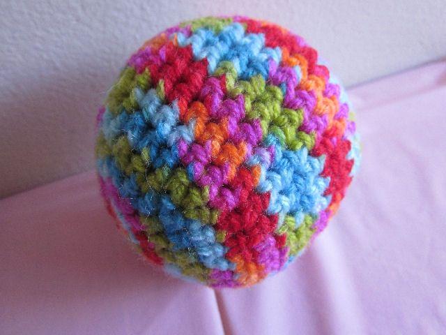 Big Ball Cat Toy free crochet pattern