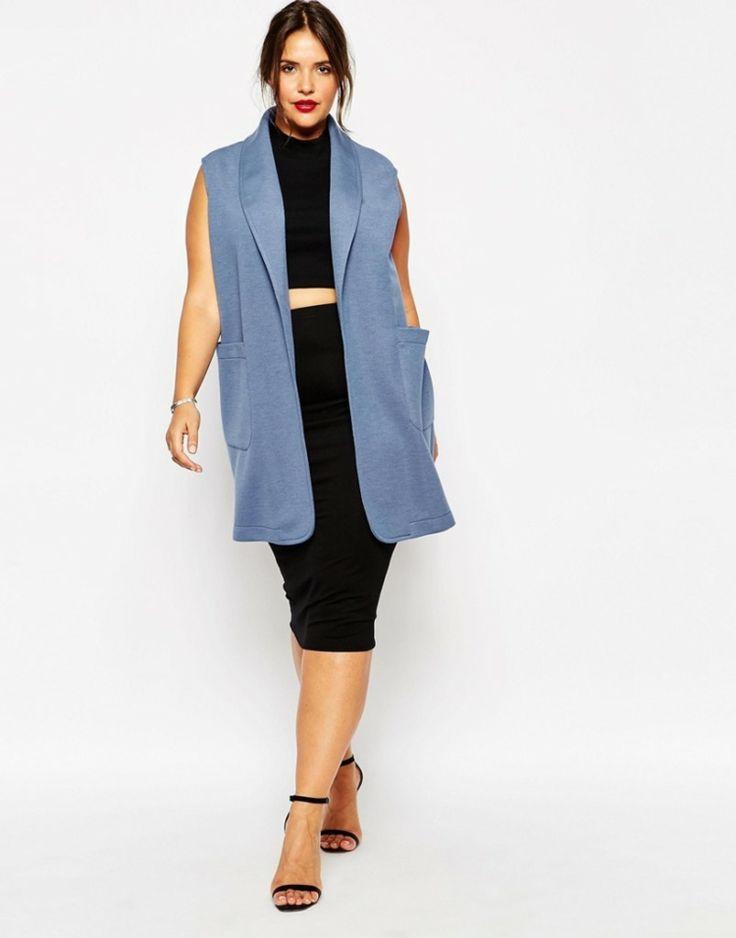 Lagenlook-Mode-grosse-groessen-langer-blauer-blazer-ohne-aermel-schwarzer-top-schmaler-rock