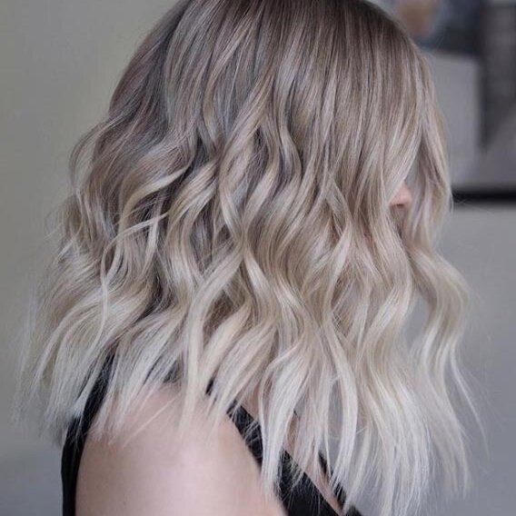 Cool Tones Of Blonde Hair Colors To Show Off In 2020 In 2020 Blonde Hair Color Cool Tone Hair Colors