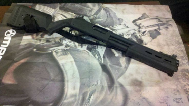 Remington 870 Magpul Furniture