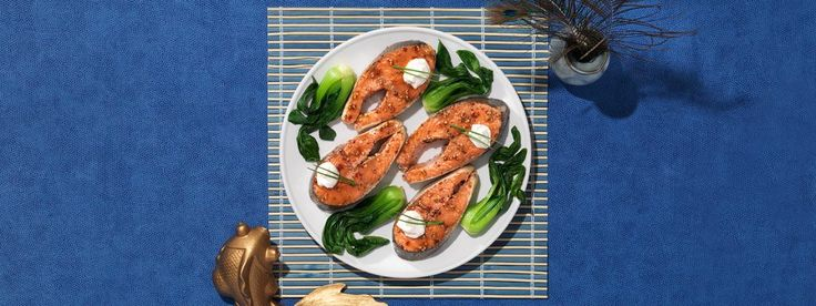 This baked salmon feast puts Veri Veri Teriyaki sauce to fine use. Get started with Soy Vay's collection of tasty recipes!