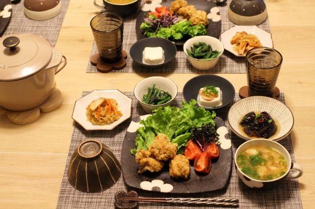 鶏の唐揚げで晩ごはん | 鶏唐揚げ、さつま揚げ入りの切り干し大根煮、 いんげんの胡麻和え、冷奴、 茄子の揚げびたし、 なめことねぎのお味噌汁 | Happy Lunch Box by Mion