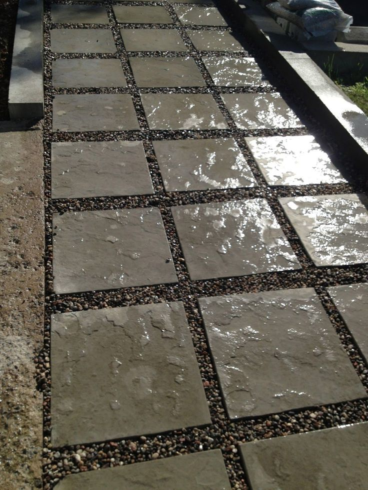 Best 25 flagstone pavers ideas on pinterest front path for Walkway ideas on a budget