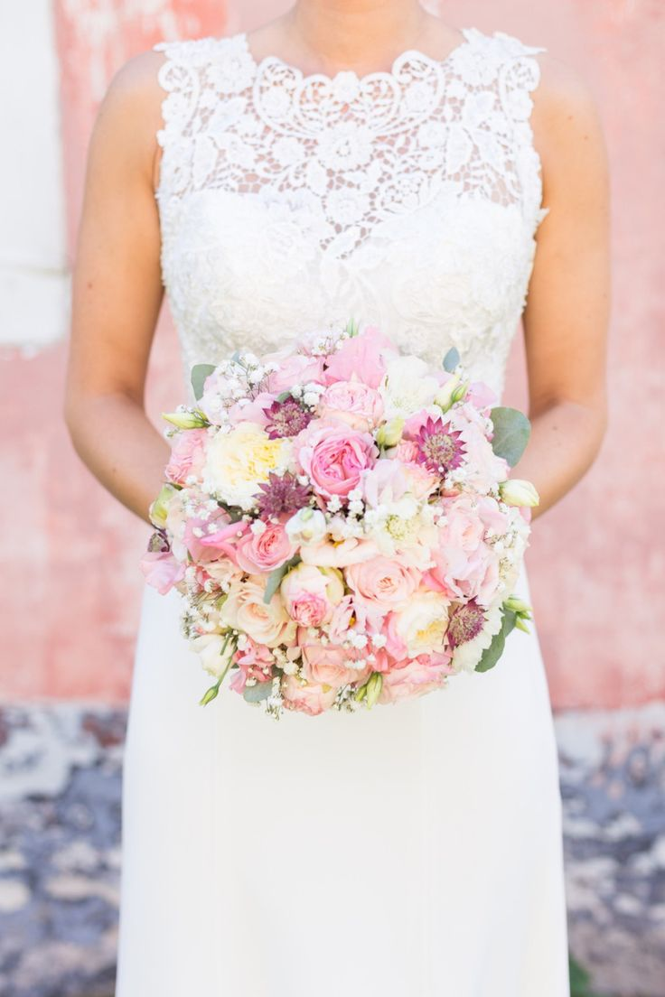 Zarter Brautstrauß in Rosa und Gelb – blush and yellow wedding bouquet