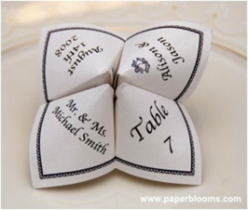 Donnez du relief à vos faire-part, menus et marques places en les fabriquant en origami