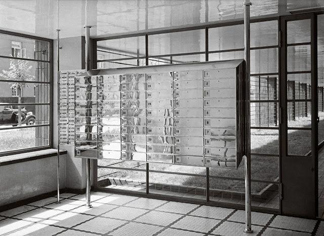 Kamienica Jana Wedla, architekt Juliusz Żórawski, budowa w latach 1935-1936, ul. Puławska 28, skrzynki na listy (źródło: materiały prasowe organizatora)