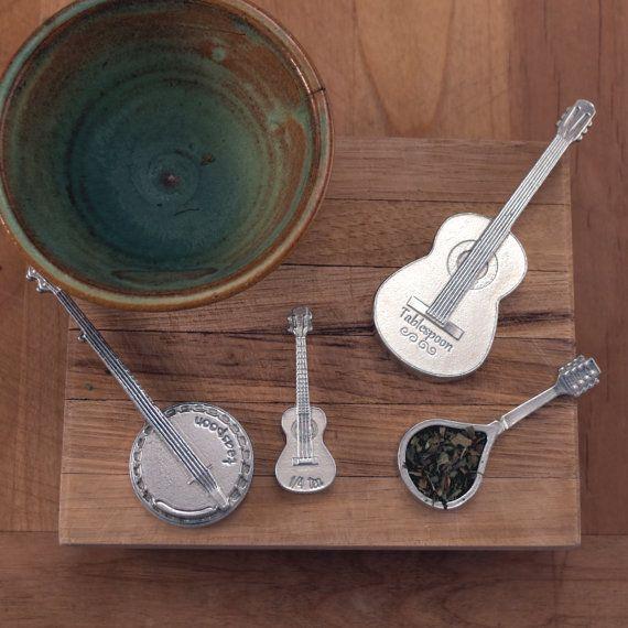 Americana mesurant cuillères - guitare, Banjo, mandoline et ustensiles de cuisine d'ukulélé pour toutes vos recettes préférées - des instruments à cordes