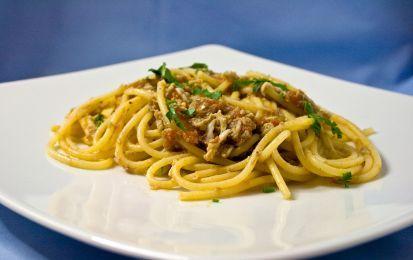 Carbonara di mare - Prova per i primi piatti di oggi la ricetta della carbonara di mare con gamberetti, seppie e calamari.