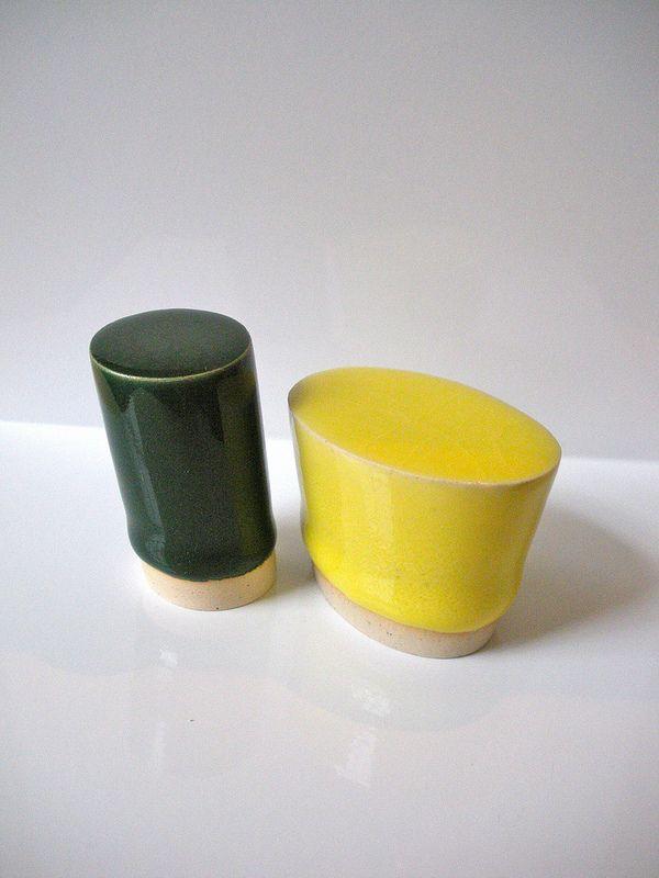 "Fabio J. Fernández, Brazillionaires 1, glazed stoneware, left is 2'h x 1"" in diameter, right is 1.5"" x 2"" x 1.5"" 2012"