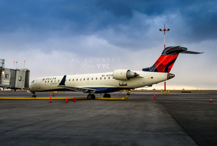 https://flic.kr/p/HXgcyH | SkyWest Airlines | Bombardier CRJ-701ER N773SK