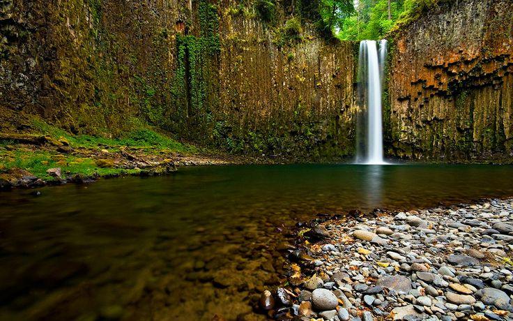 Water HD Wallpaper