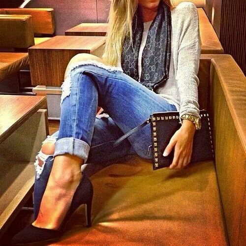 Ripped jeans and heels - 166 Best Ripped Jeans & Heels All Day Images On Pinterest