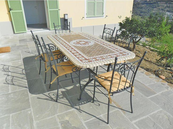 """Tavolo in mosaico di marmo, art 8034, con poltroncine """"minerva."""
