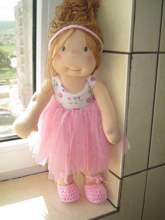 28 best Dolls: Waldorf images on Pinterest | Waldorf dolls, Fabric ...