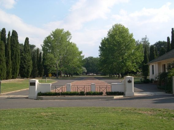 Searchable database Canberra Cemeteries