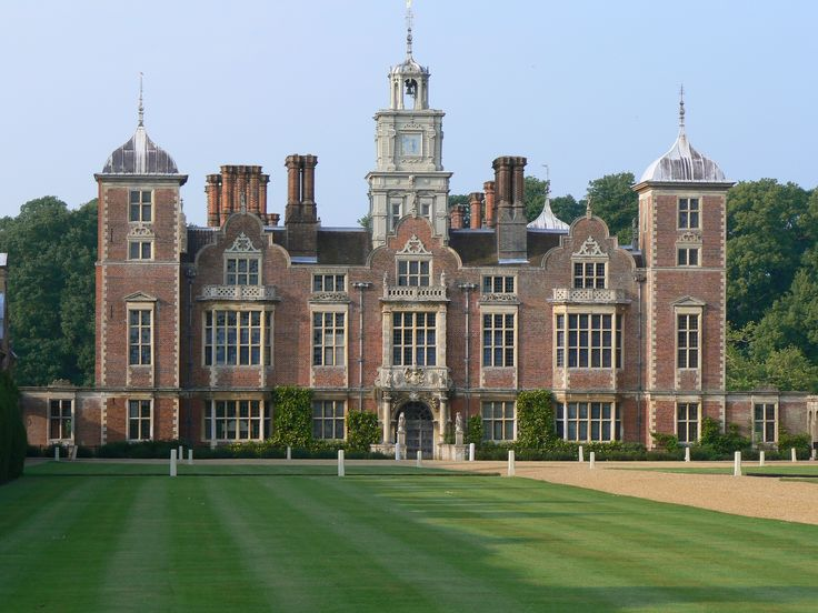Gorgeous haunted house - Blickling Hall, Norfolk. Belonged to the Boleyn family, has 400 year old hedges and is voted the most haunted house in England