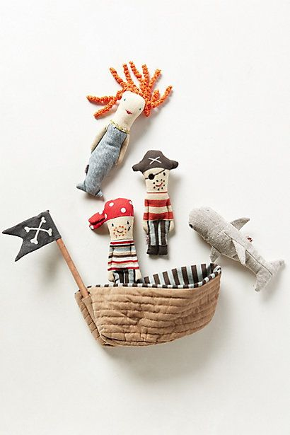 Barco pirata, sirena y piratas