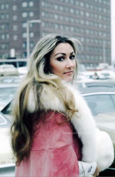 Linda Thompson Memphis 1975