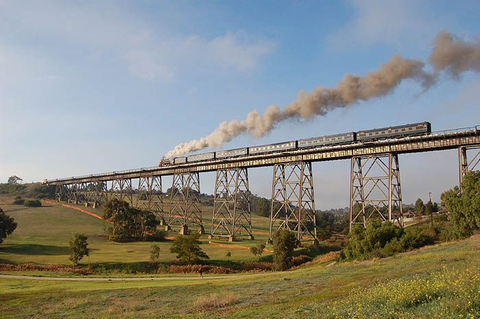 R761 with it's train passing over the Moonee Ponds Creek Viaduct between Albion Loop and Jacana Loop