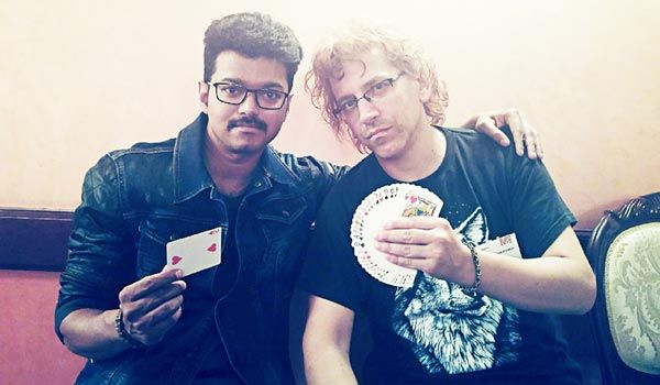 As Vijay is to do as magician in Mersal that is 1 among 3 his roles he got trained from foreign magician Gogo requiem. #KollywoodUpdates #ChennaiUngalKaiyil.
