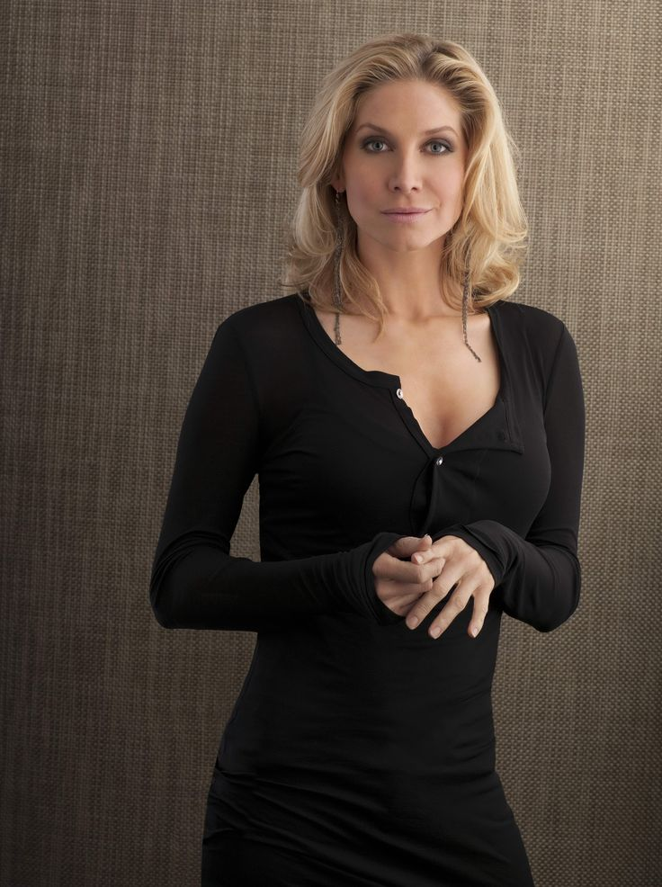 Elizabeth Mitchell as Melody Morganstern