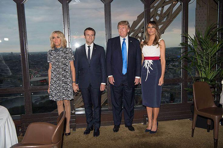 13/07/17 Дональд и Мелания Трамп прибыли в Париж с двухдневным визитом, чтобы вместе с президентом и первой леди Франции, Эммануэлем и Бриджит Макрон, отпраздновать День взятия Бастилии. Первый вечер две пары завершили в знаменитом ресторане Jules Verne, расположенном на втором уровне Эйфелевой башни.
