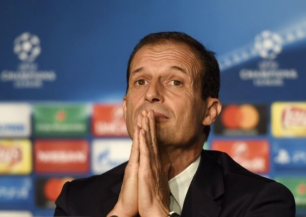 Juventus' Italian coach Massimiliano Allegri takes part in a press conference on the eve of the Champions League football match Olympique Lyonnais against Juventus Football club on Octobre 17, 2016, at the Parc Olympique Lyonnais stadium in Decines-Charpieu near Lyon, southeastern France.   / AFP / PHILIPPE DESMAZES