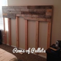 {Life of the Farmer's Wife:: DIY Pallet Headboard + Master Bedroom Decor}www.lifeofthefarmerswife.com   Step by step instructions on how to make a pallet headboard for any size bed!