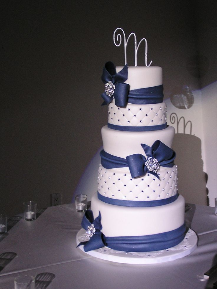 Purple Round Wedding cake, idk about the flowers on top, but like the rest of the cake. Description from pinterest.com. I searched for this on bing.com/images