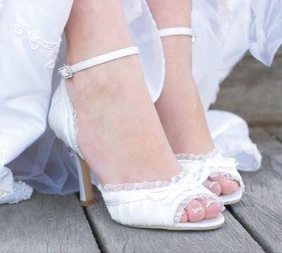 Feminine wedding shoes!