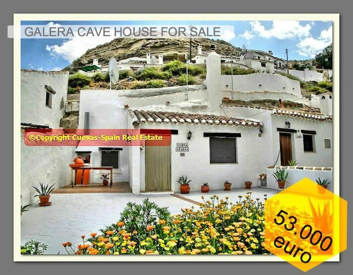 Cave house with a nice large walled patio-terrace with a marvelous view - Galera € 53000