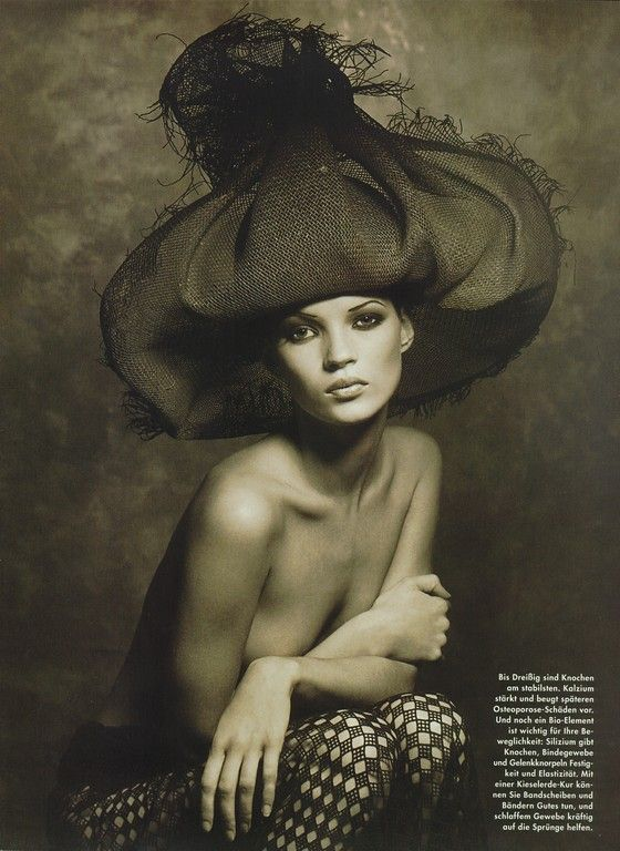 Achtung Korper Vogue Germany, May 1993Photographer: Albert WatsonModel: Kate Moss