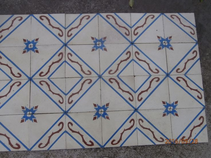 Antique encaustic tiles - panel  230 tiles - 99sq ft floor or wall