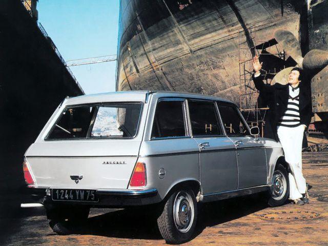 #Peugeot 204 Break