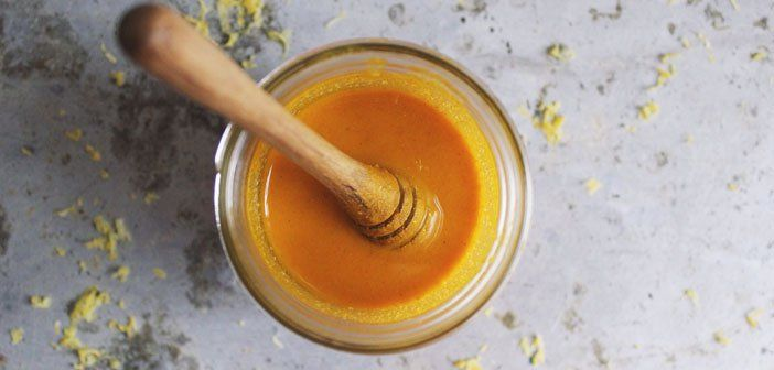 """Le """"Miel Doré"""" (mélange curcuma+miel) est le plus fort antibiotique naturel connu - Santé Nutrition"""