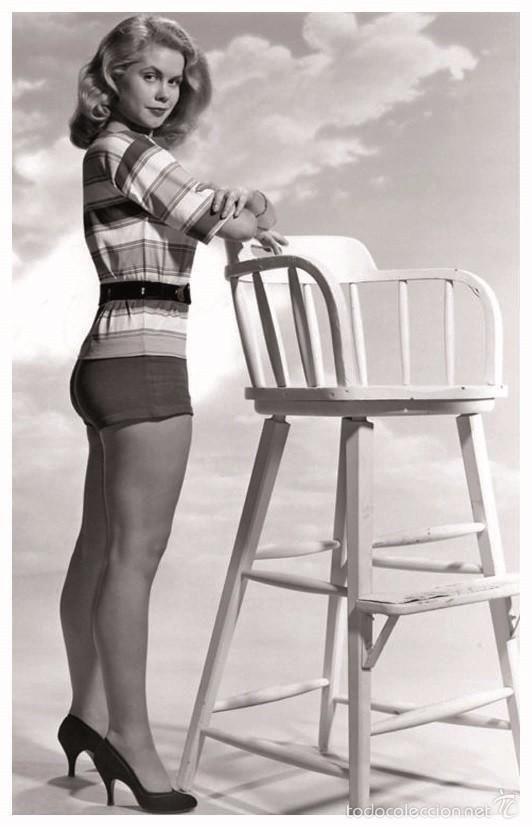 SEXY ELIZABETH MONTGOMERY ACTRESS PIN UP PHOTO POSTCARD - RWP 2003 (02) (Cine - Fotos y Postales de Actores y Actrices)