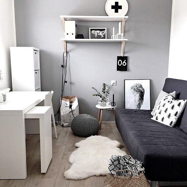 Kleine Raumidee Mit Schlafsofa Schlafsofa Kann Im Innenbereich Angewendet Werden In 2020 Guest Bedroom Office Home Office Design Small Guest Rooms