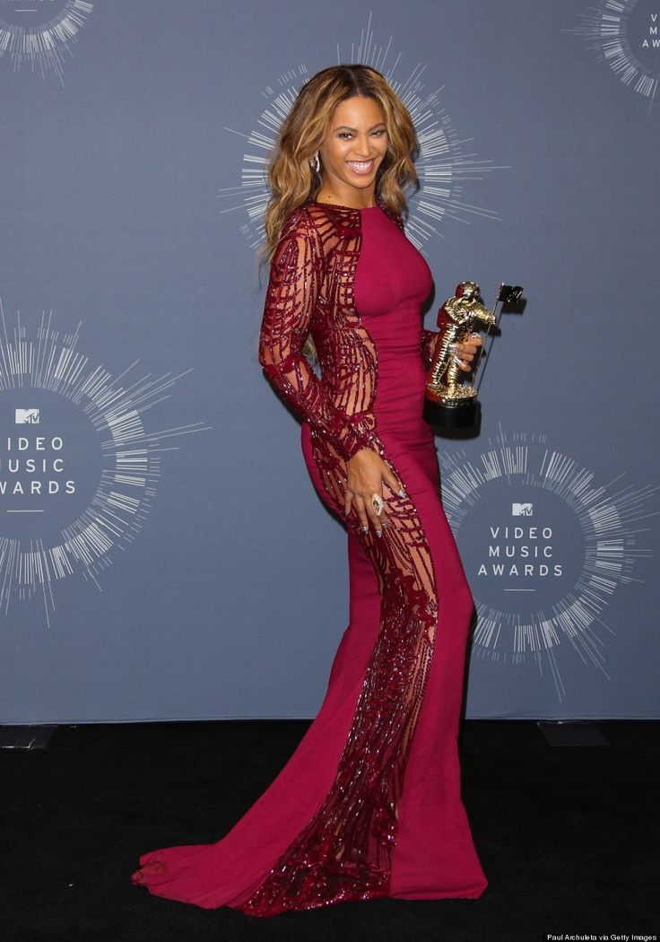 Pink Dress VMA 2014 | Beyonce pictures, Beyonce, Celebrities