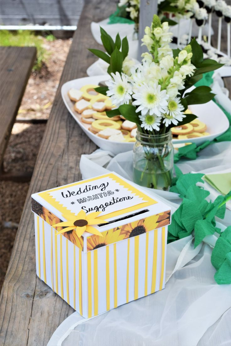 Adorable ideas for a casual outdoor engagement party on a budget!