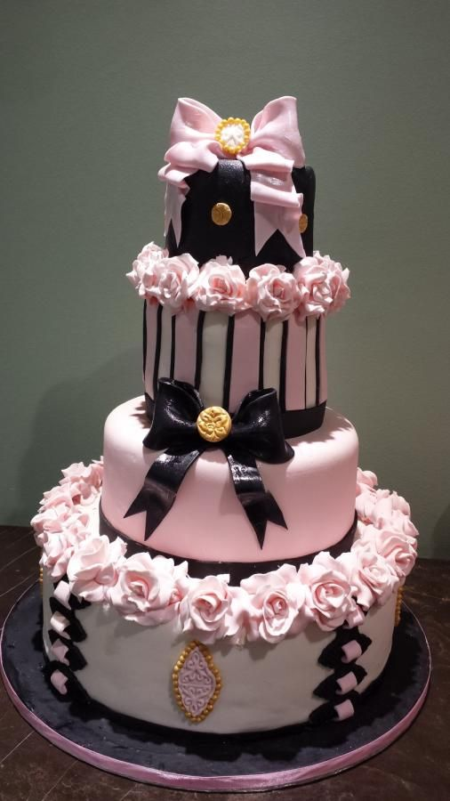 ROMANTIC WEDDING CAKE - Cake by Christina Papadopoulou