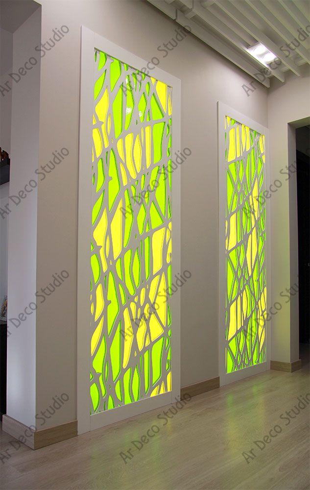 """Декоративные панели из МДФ со вставками из витражного стекла (2013 г.) установлены в глухие ниши. Предусмотрена возможность доступа к скрытой подсветке. Размер 2,3х1м 2 шт., стоимость 95 т.р. """"Ар Деко"""" студия художественного витража, витражи21.рф, 8-919-672-4554, (8352) 29-33-63"""