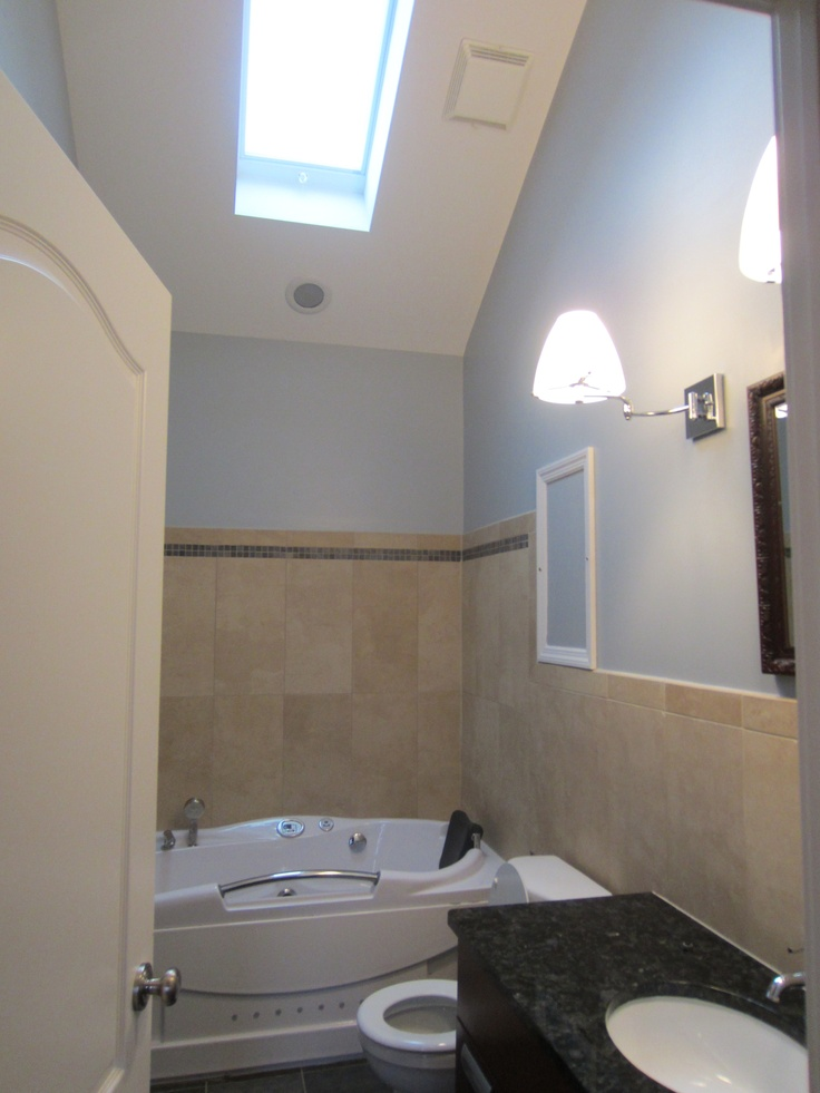 34 Best Images About Bathroom Skylights On Pinterest Contemporary Bathrooms Granite Sinks And